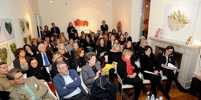 """""""Le donne erediteranno la terra"""" - Presentazione del libro di Aldo CazzulloAppuntamento martedì 29 novembre 2016 alle ore 18 presso Shenker in Piazza di Spagna 66 a Roma"""